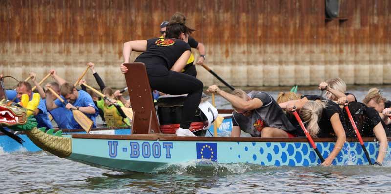 Drachenbootsportler